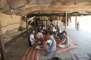 Israel-Palestine-tent-meal