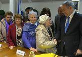 PM Netanyahu greets Holocaust survivors